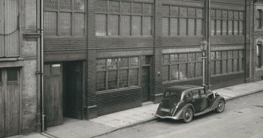 1903_Factory_Parallax